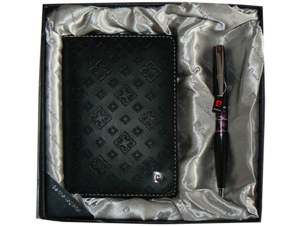 Набор: ручка шариковая, обложка для паспорта. Pierre Cardin, черный