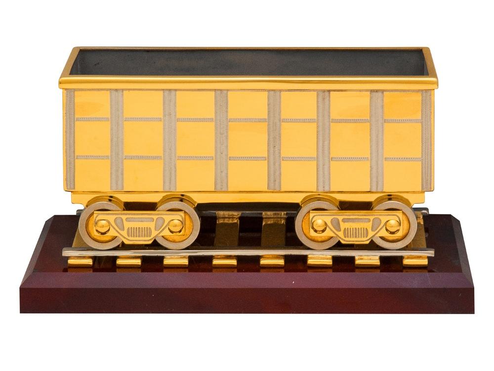 Грузовой вагон