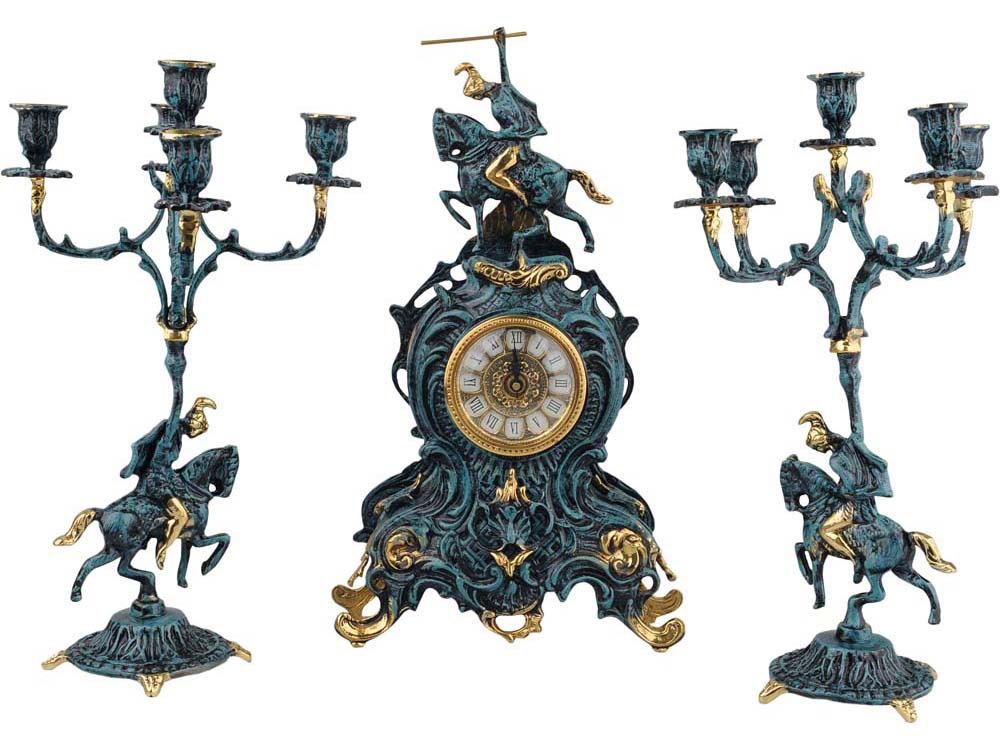 Композиция: интерьерные часы с подсвечниками «Победитель»