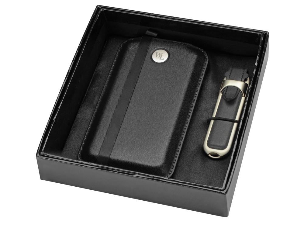 Набор: портативное зарядное устройство, флеш-карта на 8 Гб, черный